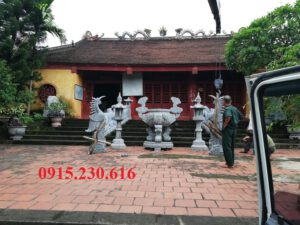 Ý nghĩa hạc đá trong văn hóa tâm linh Việt lắp đặt hạc đá cùng bộ thờ đá tại công trình tâm linh