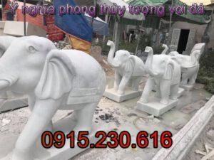 Tượng voi bằng đá tự nhiên-02; Tượng voi đá cổ; Tượng voi đá tự nhiên; Tượng voi hợp tuổi nào; Trong nhà nên đặt tượng gì; Mua tượng voi đá ở đâu; Tượng voi đá xanh; Nơi mua tượng voi ; Nơi bán tượng voi đá;