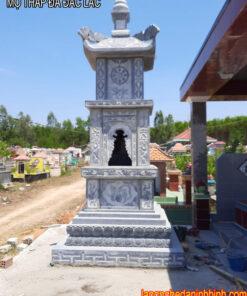 mộ tháp đá Đắc Lắc