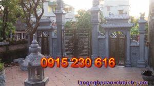 Cổng nhà thờ ở Ninh Bình
