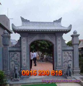 Cổng nhà thờ họ ở Ninh Bình