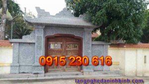 Cổng nhà thờ tộc ở Ninh Bình