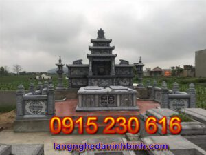 Mộ đá đôi ở Khánh Hòa