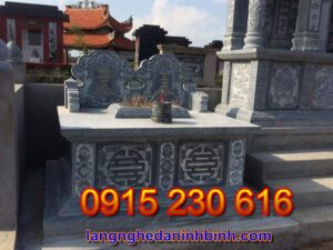 Mộ đá đôi ở Quảng Nam