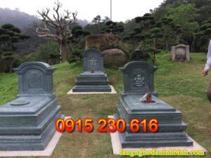 Mộ đá tam cấp ở Ninh Bình