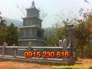 Mộ đá tháp ở Quảng Ninh